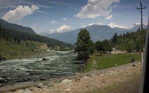Kashmir-FI-1.jpg