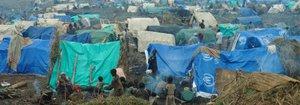 Rwandan_refugee_camp_in_east_Zaire-p.jpg