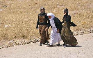Yazidi-women-1.jpg