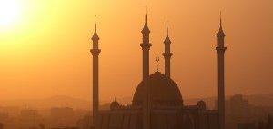 abuja-mosque-83913948-p.jpg