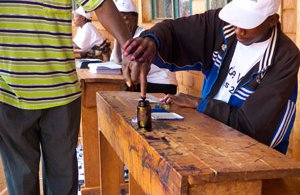 burundi-election-voter-2010-2-4830526870-p.jpg