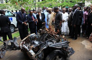 car-bomb-un-nigeria-6212159175-p.jpg