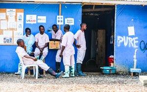 ebola-helath-workers-16873358837-p.jpg