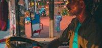 india-bus-driver-8538780613-p.jpg