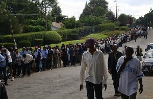people-queue-vote-keya-2013-8535106323-p.jpg