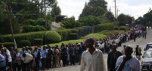 people-queue-vote-keya-2013-8535106323-p.jpg