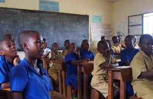 rwanda-school-room-14050711526-p.jpg