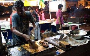 sri-lanka-cooking-4308271808-p.jpg