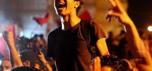 tunisian-protestor-9389161332-p.jpg