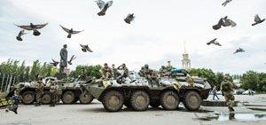 ukraine-seperatist-tanks-14374609790-p.jpg