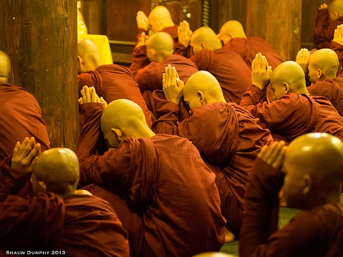 Myanmar_monks