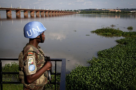 A Beninese peacekeeper from the UN Mission in Mali, MINUSMA. Image credit: UN Photos.