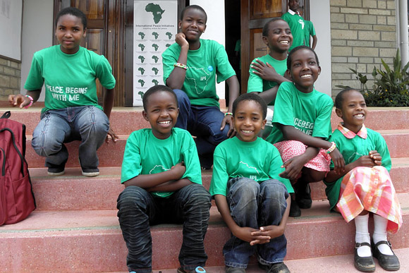 The Amani Children at the 2009 Peace Congress. (source)