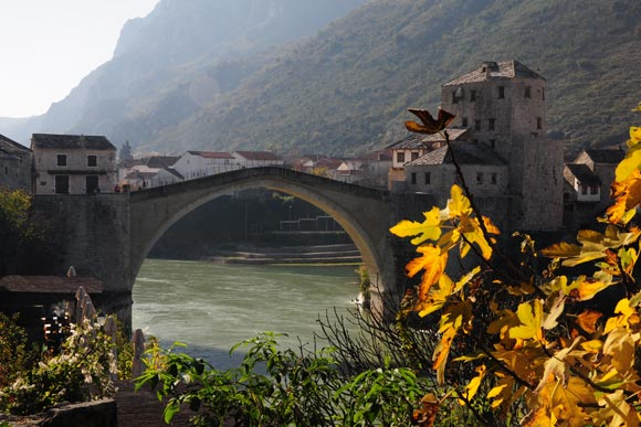 The Mostar Bridge in Bosnia has become a powerful symbol of reconciliation in the Western Balkans. Can growth in the arms trade help consolidate peace in the region? Image credit: Lazhar Neftlen.