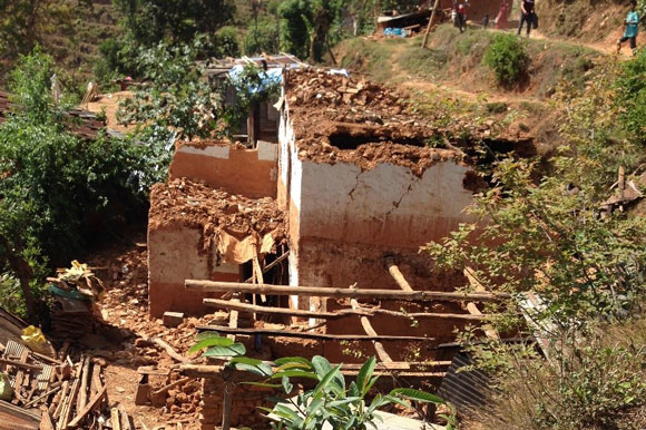 House in Sindhupalchok  damaged by the earthquake of April 2015, credit: Ambika Pokhrel